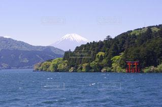 芦ノ湖、箱根神社、富士山の写真・画像素材[1186920]
