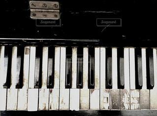 古いピアノ - No.962393