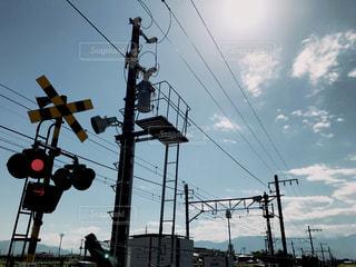 踏切と空の写真・画像素材[934601]