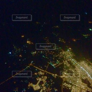 飛行機から見えた夜景の写真・画像素材[945502]