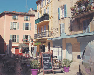 フランスのかわいい街の写真・画像素材[947172]