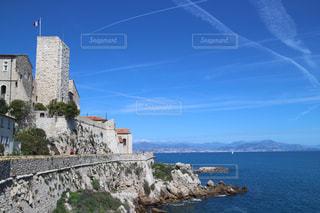 フランス・ピカソ美術館と海の写真・画像素材[947398]
