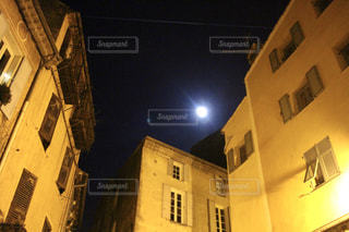 フランスの夜の写真・画像素材[950019]