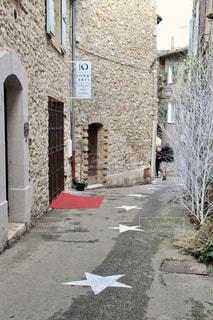 フランスで見つけた地面の星の写真・画像素材[951617]