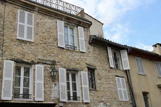 フランスのおしゃれな建物の写真・画像素材[951619]