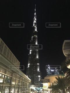 夜のブルジュハリファの写真・画像素材[932852]