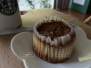 バスク風チーズケーキの写真・画像素材[2499096]