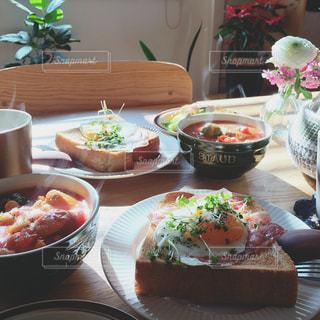 休日の朝ごはんの写真・画像素材[982419]