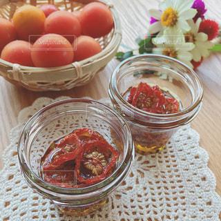 手作りミニトマトのオイル漬けの写真・画像素材[982898]