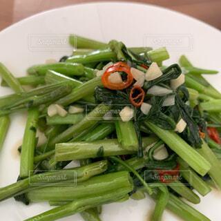 美味しくできた空芯菜の写真・画像素材[4493980]