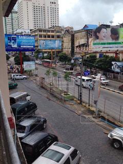 ミャンマー、ヤンゴンの通り - No.936446