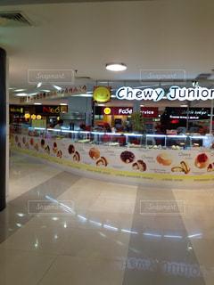 発展するミャンマーのショッピングモールの写真・画像素材[941060]