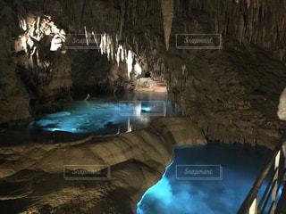 水の洞窟の写真・画像素材[989283]