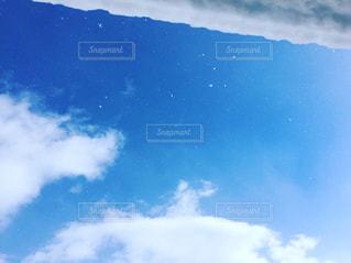 冬の空と雪の写真・画像素材[939370]