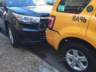乗用車とタクシーの追突事故 - No.939789