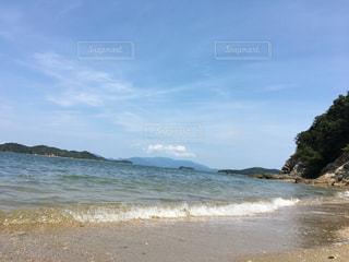 さざ波の砂浜の写真・画像素材[941843]