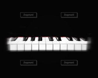 近くにピアノの写真・画像素材[953778]