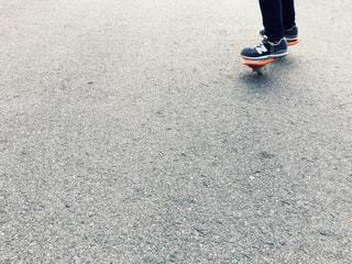 スケート ボードに乗る人 - No.970710