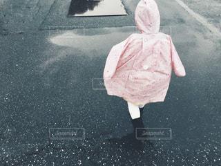 雨がっぱの写真・画像素材[1001922]