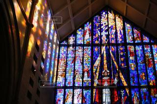 教会のステンドグラスの写真・画像素材[942088]