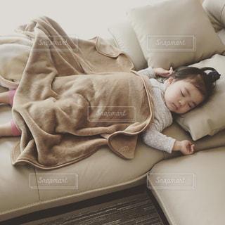 子供の昼寝 - No.942904