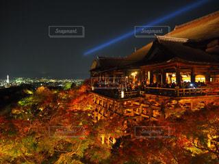 紅葉の清水寺ライトアップの写真・画像素材[946715]