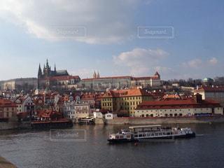 カレル橋から見たプラハ旧市街の写真・画像素材[942836]
