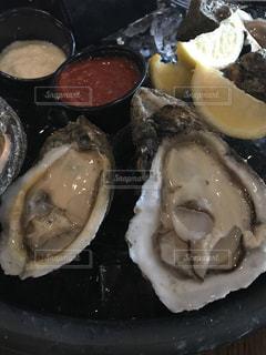 生牡蠣の写真・画像素材[1059863]
