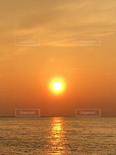 夕陽の写真・画像素材[2213913]