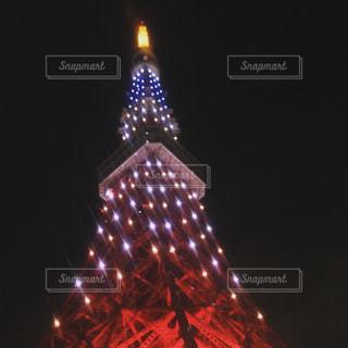 タワーの夜のライトアップの写真・画像素材[944894]