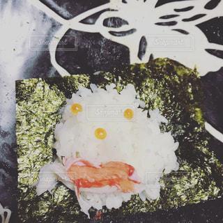 子供が作ったデコ寿司の写真・画像素材[946123]