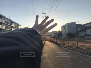通りを歩いている人の写真・画像素材[1018797]