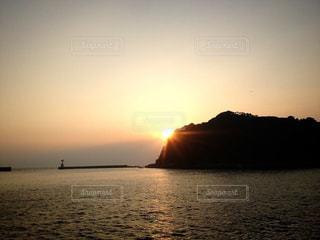 篠島の夕日の写真・画像素材[948303]