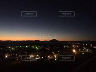 夕日に染まる富士山の写真・画像素材[950129]