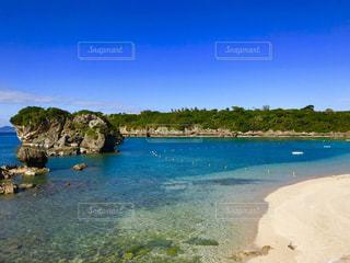 綺麗な海の写真・画像素材[951420]