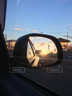 車のサイドミラー ビューの写真・画像素材[949241]