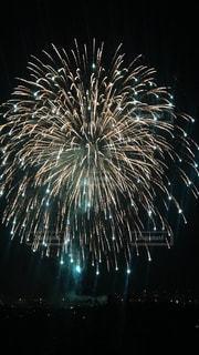 空に花火の写真・画像素材[949409]