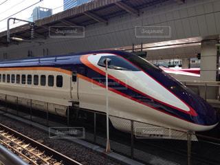 列車が駅に引いての写真・画像素材[950079]