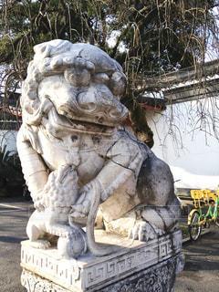 世界遺産 西湖の狛犬の写真・画像素材[950530]