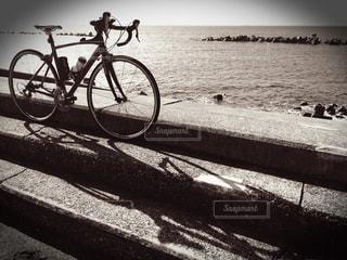 海沿いのロードバイク - No.968616
