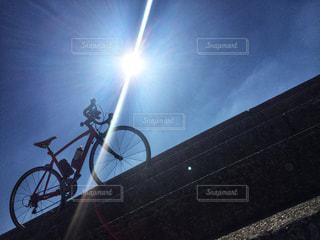 太陽とロードバイク - No.981748