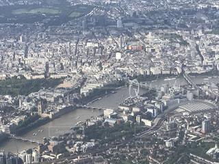 飛行機から見たロンドンの街並みの写真・画像素材[952117]
