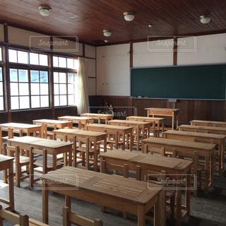 廃校になった小学校の写真・画像素材[972933]