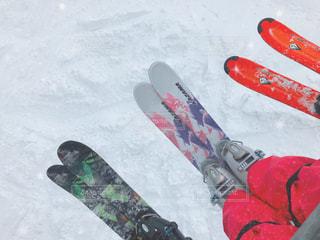 雪板に足のペア - No.953398