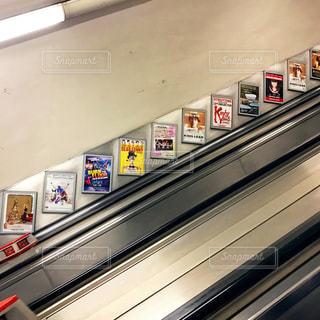 ロンドン エスカレーターの写真・画像素材[955018]