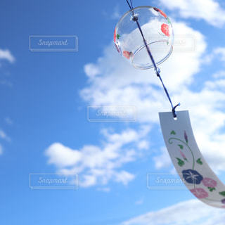 夏空と風鈴の写真・画像素材[1403754]