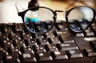 色眼鏡の写真・画像素材[1002293]
