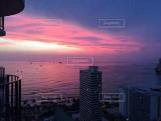 ピンク色のグラデーションの写真・画像素材[956635]