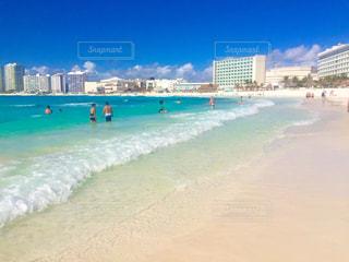 透き通った海で過ごす休暇 - No.957246