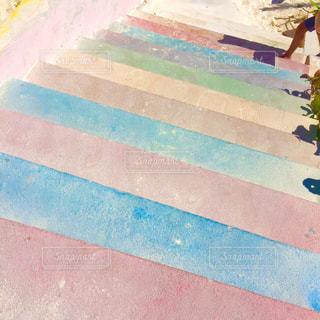 カラフルな階段の写真・画像素材[957752]
